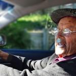 Warum-sind-Autoversicherungen-für-Senioren-teurer