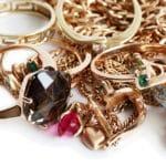 Goldschmuck-und-Zahngold-mit-Gewinn-verkaufen